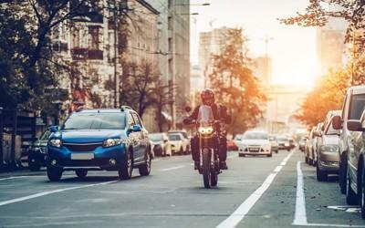 Motor jogosítvány: szerezz biztos tudást oktatóink segítségével!